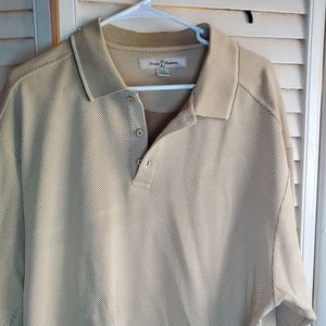 Tommy Bahama Short Sleeve Shirt 70 silk/30 cotton